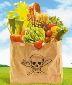 Casi todos los alimentos que ingerimos contienen restos de contaminantes químicos y aún no se conocen los efectos en la salud de muchos de ellos